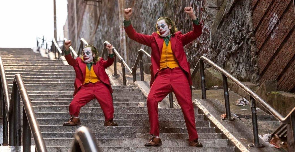 joker and mini joker dancing 1024x529 1