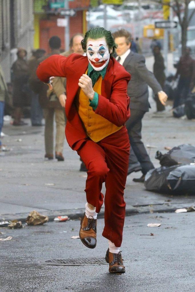 joker running 768x1151 1