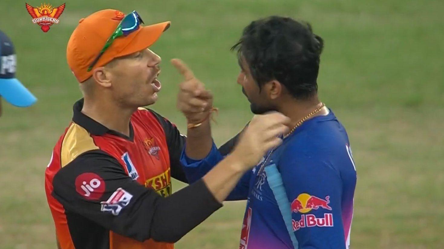 Rahul tewatia fighting with David Warner meme template